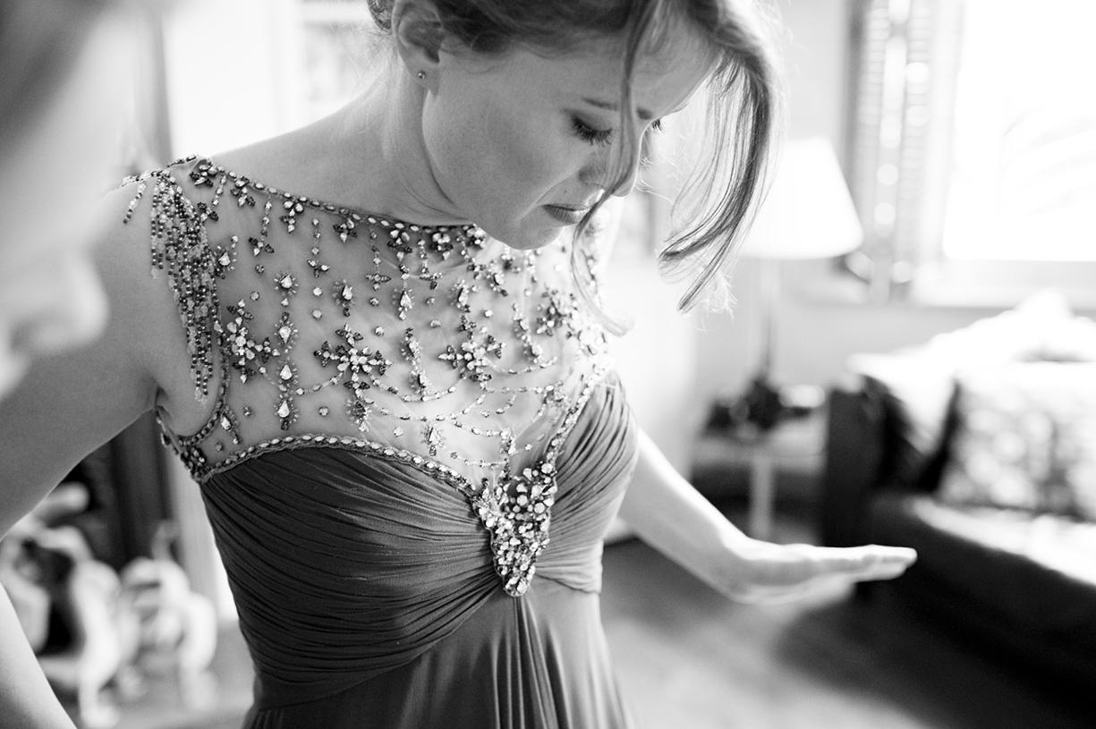 black & white beautiful bride vintage Jenny Packham preparations London spring wedding