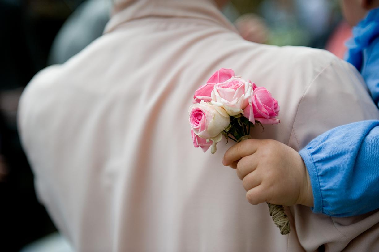 London wedding LASSCO flowergirl bouquet roses London wedding spring